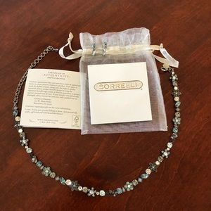 Sorrelli necklace and earrings